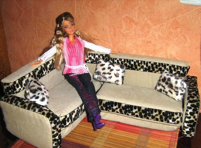 Как сделать кресло на колесиках для кукол 8