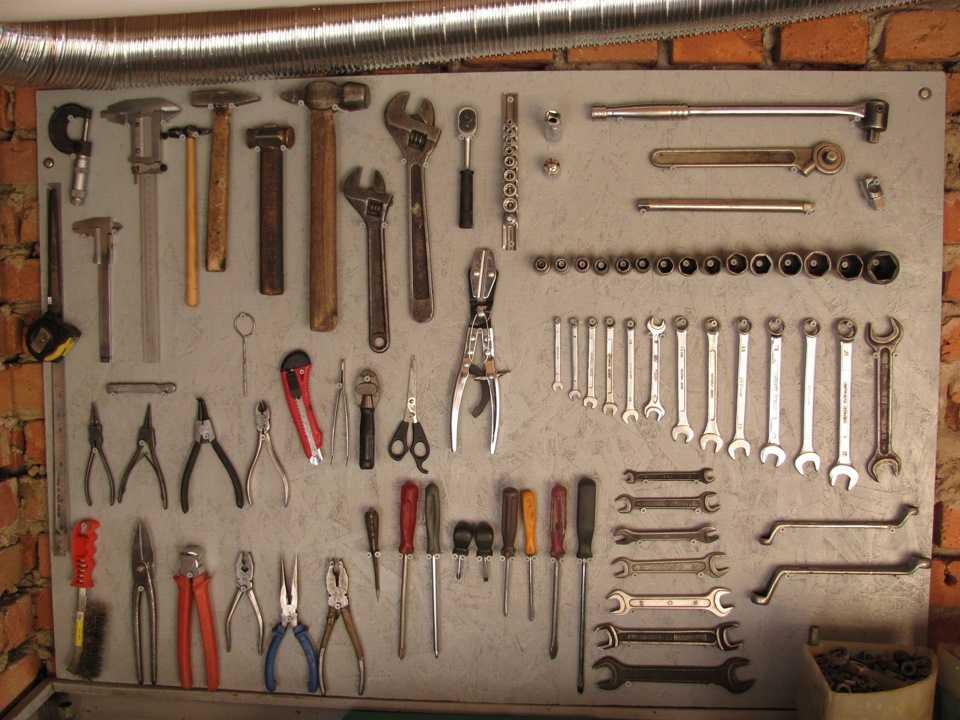 Как сделать стен для инструментов 481